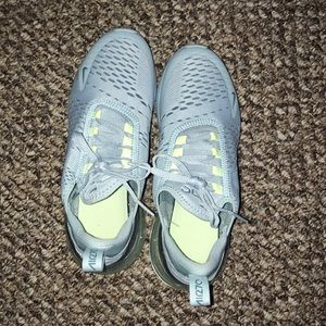 Nike Shoes - Nike Air Max 270